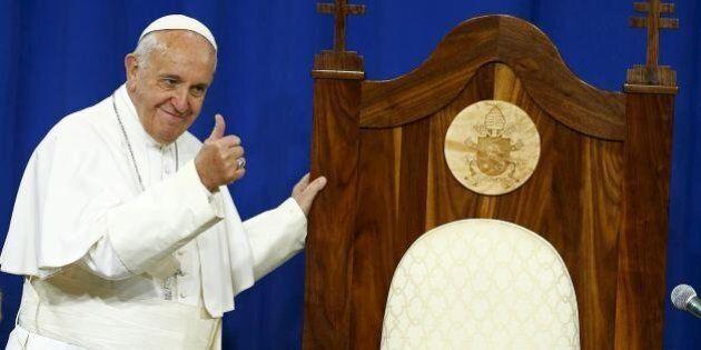Sinodo, la comunione ai divorziati risposati passa per un solo voto. Papa Francesco: