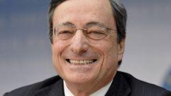 Draghi mette benzina nelle