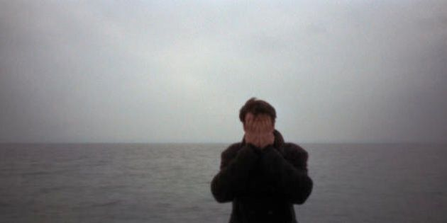 Ho visto mia madre e mio padre morire in mare. Emigravano in cerca di un futuro