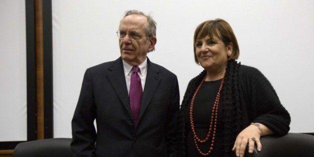 Fisco, Tesoro contro Agenzia delle Entrate. Il sottosegretario Enrico Zanetti chiede dimissioni Rossella