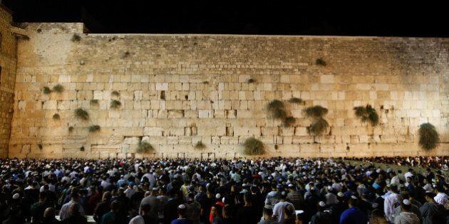 Israele spinge su insediamenti ma attende l'Ok di Trump. Ambasciata Usa a Gerusalemme, parte il
