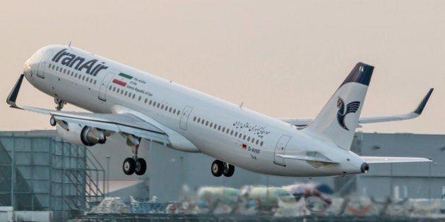 Airbus consegna il primo aereo all'Iran, mentre i falchi Usa cercano di bloccare