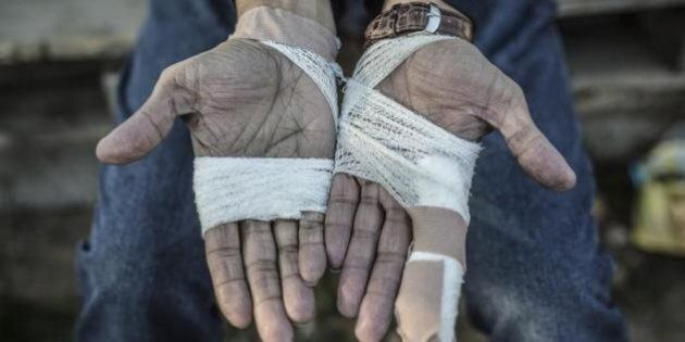 Oggetti di valore e contanti sequestrati ai profughi. Anche in Germania la formula