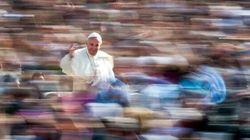 La svolta pastorale di papa Francesco su amore, matrimonio e