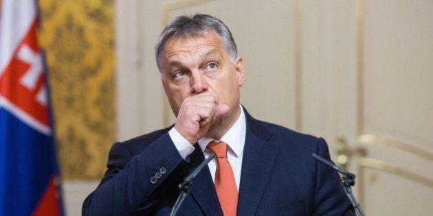 Migranti, Viktor Orban contro Matteo Renzi: