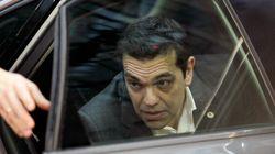 Grecia, buon compleanno Tsipras: Alexis chiede il taglio del debito ma in piazza tornano le