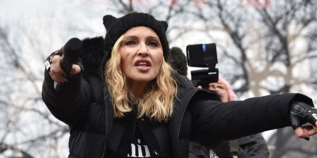 Marcia delle donne negli Stati Uniti, Madonna sarebbe investigata dalla CIA dopo le minacce alla Casa