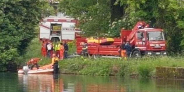 A Pordenone madre e figlio in auto finiscono nel lago. Morti