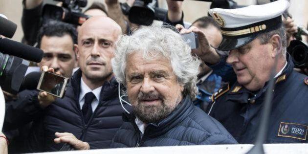 Espulsi verso class action contro nuovo regolamento M5S. Quorum non raggiunto, Grillo pronto a schierare...