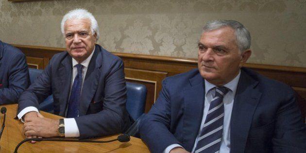 Denis Verdini, ecco la stampella dell'ex braccio destro di Berlusconi: riforme blindate e sinistra spaccata....