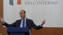 Astensionismo e calcolo politico: Alfano propone di votare anche