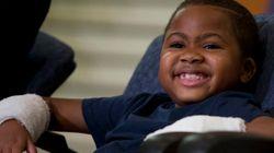 Zion, 8 anni, riceve un doppio trapianto di mani: primo caso al