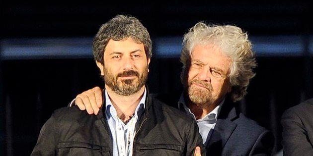 Stretta di Beppe Grillo sui parlamentari M5S, mossa contro Roberto Fico.