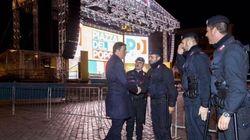 Matteo Renzi e il blitz notturno in Piazza del