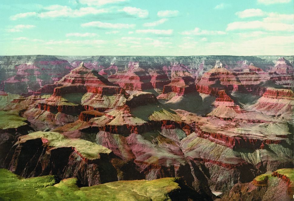Grand Canyon, view from O'Neill's Point, Arizona.