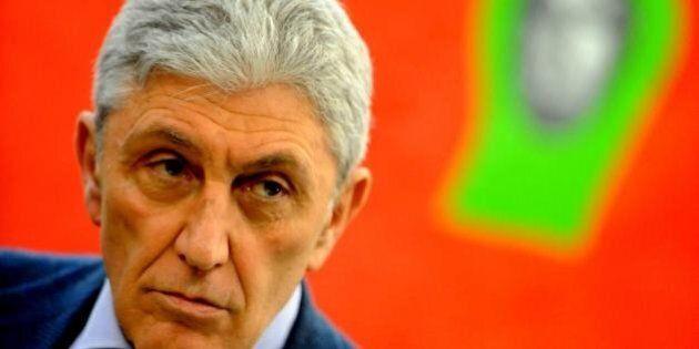 Antonio Bassolino, candidato del Pd per Napoli. L'ex sindaco comincia a