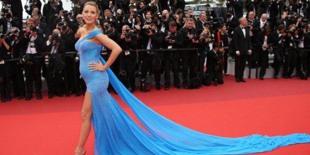 Blake Lively a Cannes: maxi strascico e pancione, la fata turchina in dolce attesa conquista la