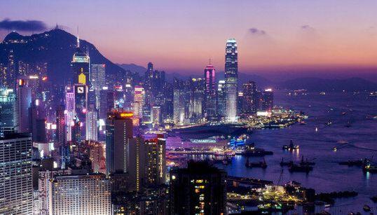 La classifica delle 100 città più visitate al mondo: solo 4 le
