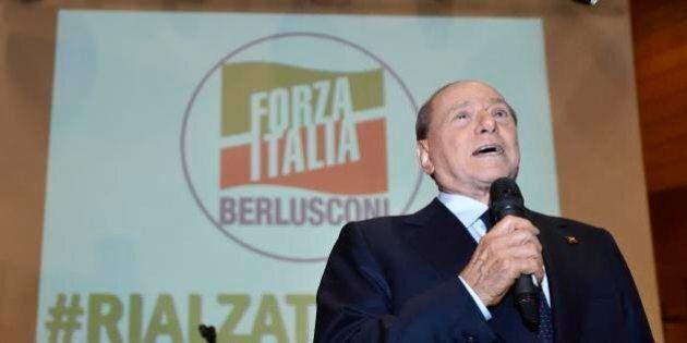 I suoi tirano il freno a mano ma Berlusconi si è ormai convinto: sarà in piazza con