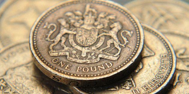 Brexit, Bank of England taglia i tassi di interesse dallo 0.5% al 0.25%. Nuovo record