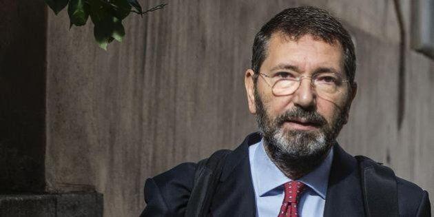 Ignazio Marino rinviato a giudizio per aver accostato il Movimento 5 Stelle a Salvatore Buzzi e Massimo