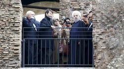 Rohani al Colosseo con Franceschini: con la stessa guida di