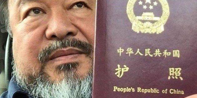 Ai Weiwei, Gran Bretagna fa marcia indietro. Chiede scusa e concede visto di sei mesi all'artista