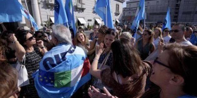 Scuola, tensione al Sud sui 'trasferimenti' dei docenti. Proteste a Napoli e Palermo. M5S: