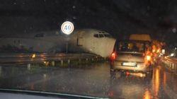 Paura a Bergamo, aereo va fuori pista e finisce in
