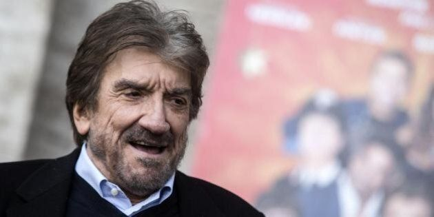 Gigi Proietti a Raffaele Cantone.