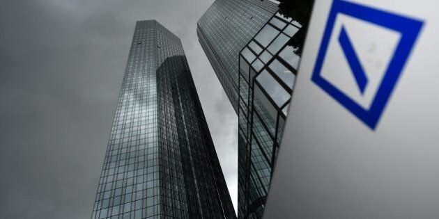 Deutsche Bank, rosso record nei conti. Tagliati 9000 posti entro il