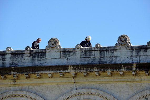 Terremoto, Roma sorvegliata speciale fa la conta dei danni: lesioni a Basiliche e ponti. Tozzi (geologo):...