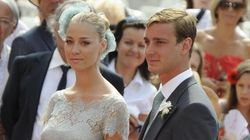 Il vestito della sposa senza tacchi nel party sul lago Maggiore