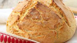 Ecco perché non si dovrebbe mai conservare il pane in
