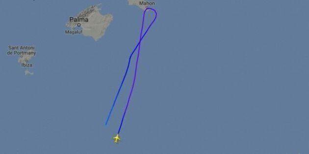 Air Algerie: volo da Algeri a Marsiglia scompare dai radar. Paura, poi la certezza: è atterrato, c'erano...