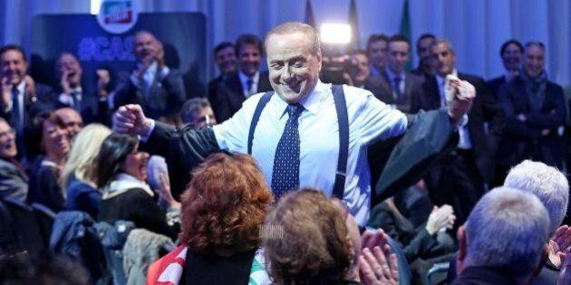 Silvio Berlusconi solo alla festa di Nunzia De Girolamo: