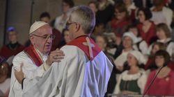 Papa ratifica la protesta di Lutero e la promuove in festa