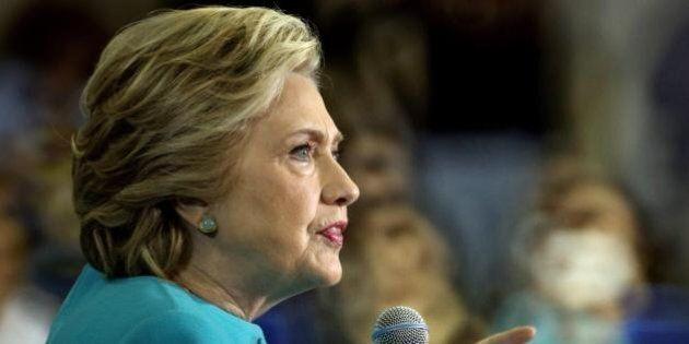 Donald Trump supera Hillary Clinton. Secondo un sondaggio di Washington Post-Abc il tycoon è in vantaggio...