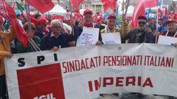 Pensionati in piazza a Roma: