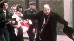 Morto il prete simbolo del Bloody Sunday, la sua foto fece il giro del