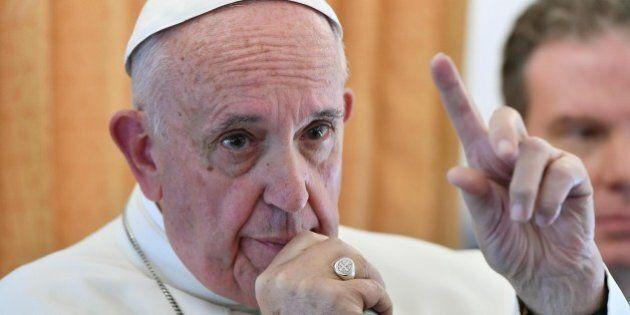 Papa Francesco sul volo dalla Svezia: