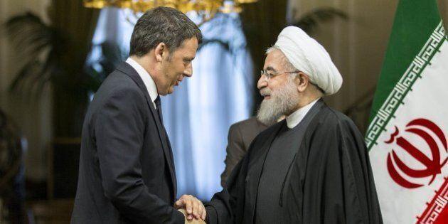 Matteo Renzi in Iran, l'omaggio di Hassan Rohani: