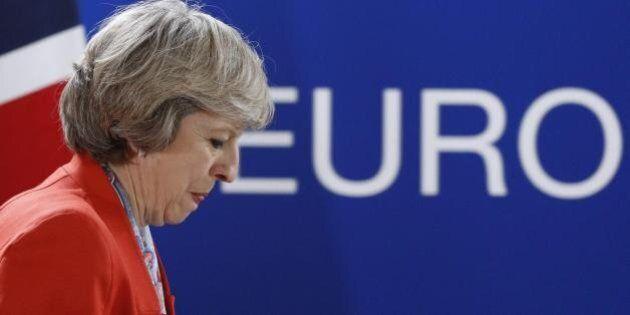Brexit, deve votare il Parlamento di Londra. La decisione dell'Alta Corte. Bce: