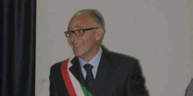 Silvio Aimetti sindaco di Comerio ospita sei migranti a casa sua. Lega Nord