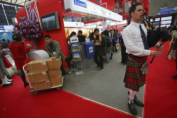 "<a href=""http://www.cnn.com/2014/06/10/world/europe/scotland-independence-referendum-explainer/"" target=""_blank"">Roughly 5 mi"