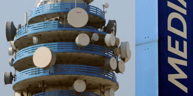 Mediaset e Telecom ufficializzano l'accordo: tutta Premium (Champions inclusa) sulle reti ultraband di