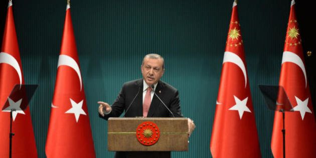 La purga senza fine di Erdogan si abbatte sui deputati filocurdi. E l'Europa