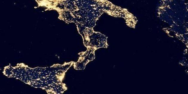 Le sette piaghe del Sud. Il Mattino: al Meridione la luce va via 6 volte più spesso, tasse più elevate...