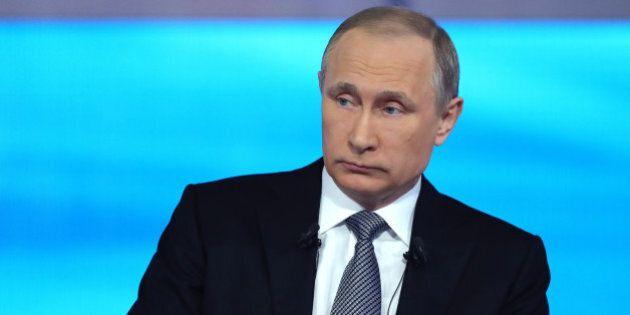 Vladimir Putin in diretta con la Russia: