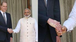 William stringe la mano al primo ministro indiano ma non sa cosa